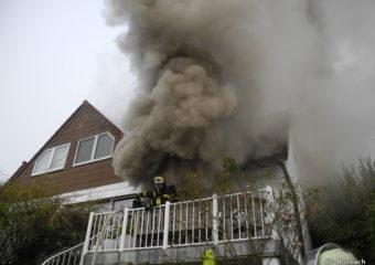 Kellerbrand in Ober-Rosbach fordert sechs Feuerwehren – Wohnhaus vorläufig unbewohnbar